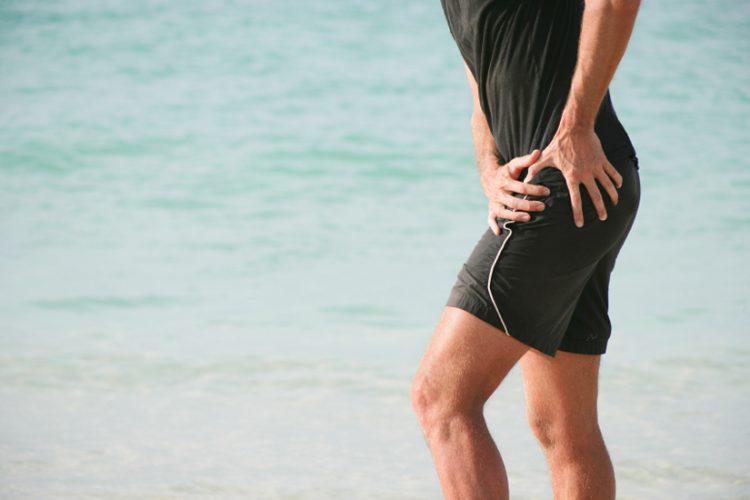 Douleur à la hanche chez le jeune adulte - causes possibles