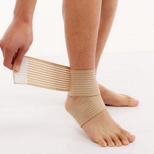 bandage pour soigner une entorse a la cheville